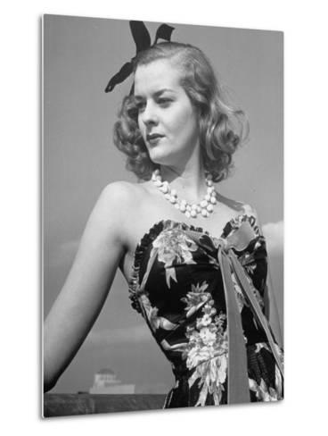 Chintz Used for an Evening Dress, a New Use for This Material-Alfred Eisenstaedt-Metal Print