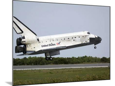 Space Shuttle Discovery Approaches Landing on the Runway at the Kennedy Space Center-Stocktrek Images-Mounted Photographic Print