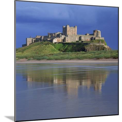 Bamburgh Castle, Northumberland, England, United Kingdom, Europe-Roy Rainford-Mounted Photographic Print