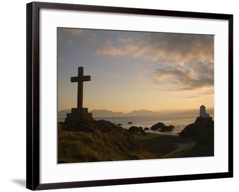 Stone Cross and Old Lighthouse, Llanddwyn Island National Nature Reserve, Anglesey, North Wales-Pearl Bucknall-Framed Art Print