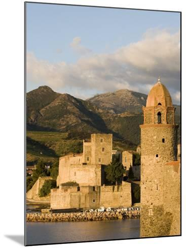 Morning Light, Eglise Notre-Dame-Des-Anges, Collioure, Pyrenees-Orientales, Languedoc, France-Martin Child-Mounted Photographic Print