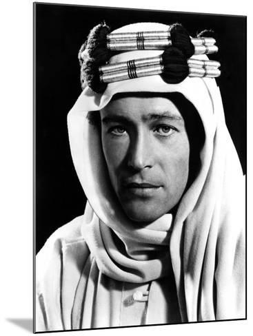 Lawrence of Arabia, Peter O'Toole, 1962--Mounted Photo