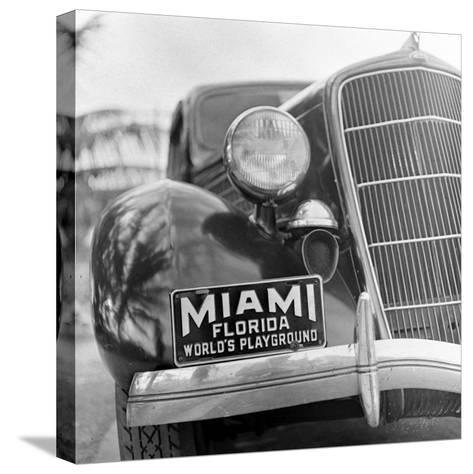 Miami Beach-Alfred Eisenstaedt-Stretched Canvas Print