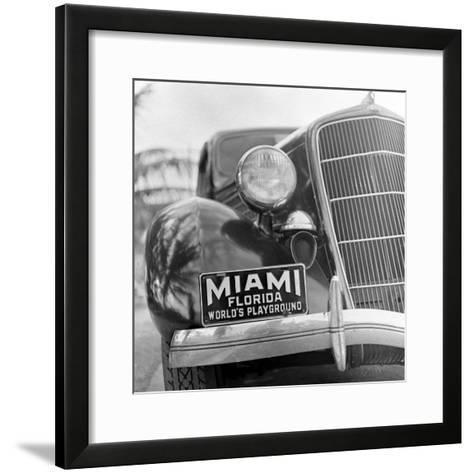 Miami Beach-Alfred Eisenstaedt-Framed Art Print