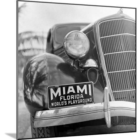 Miami Beach-Alfred Eisenstaedt-Mounted Photographic Print