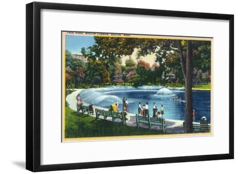 Boston, Massachusetts - Boston Common View of the Frog Pond, c.1933-Lantern Press-Framed Art Print