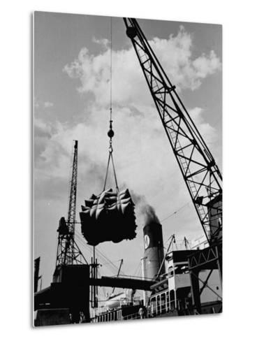 Loading Coffee on a Ship of the American Line, Mccormick--Metal Print
