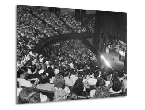 The Audience at the Grand Ole Opry, the Stage on the Right-Ed Clark-Metal Print