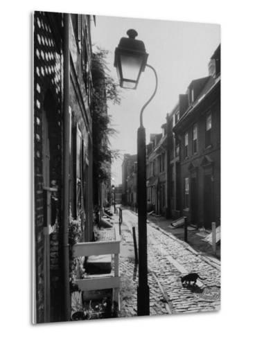 Old Fashioned Street Light in Elfreth's Alley-Andreas Feininger-Metal Print