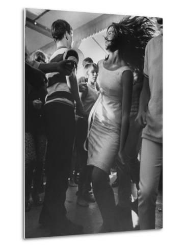 Teenagers Dancing at TV's Hullaballoo Scene--Metal Print