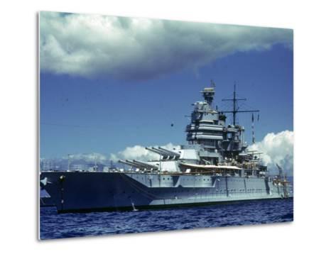 Battleship During Us Navy Manuevers Off Hawaii-Carl Mydans-Metal Print