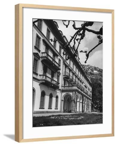Villa D'Este, Now a Famous Hotel on Lake Como-Carl Mydans-Framed Art Print