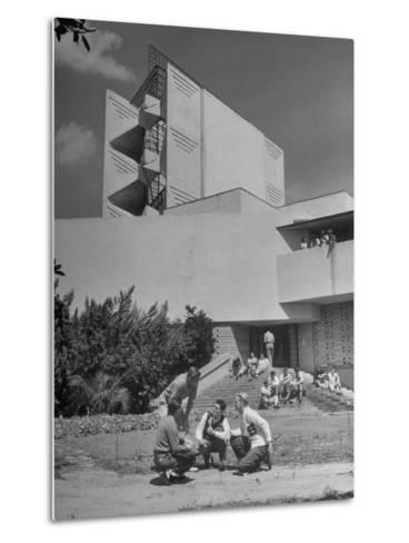 Students on Campus of Florida Southern University Designed by Frank Lloyd Wright-Alfred Eisenstaedt-Metal Print