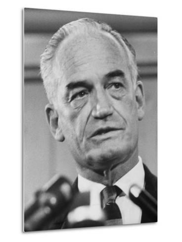 Sen. Barry Goldwater Campaigning for Gop Presidential Nomination at the Illinois State Convention--Metal Print