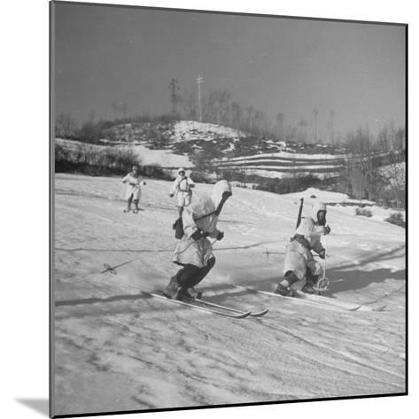 Amer. 10th Mountain Div. Army Ski Patrol, on the Itallian Front in the Appennine Mountains-Margaret Bourke-White-Mounted Photographic Print