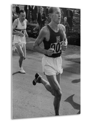 Emil Zatopek Running in Marathon at 1952 Olympics--Metal Print