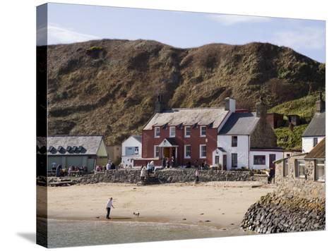Ty Coch Inn on Beach at Porth Dinllaen Village in Bay on Lleyn Peninsula, North Wales, UK-Pearl Bucknall-Stretched Canvas Print