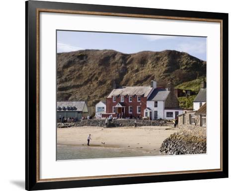 Ty Coch Inn on Beach at Porth Dinllaen Village in Bay on Lleyn Peninsula, North Wales, UK-Pearl Bucknall-Framed Art Print