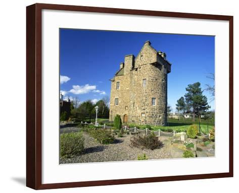 Claypotts Castle, Broughty Ferry, Near Dundee, Highlands, Scotland, United Kingdom, Europe-Kathy Collins-Framed Art Print
