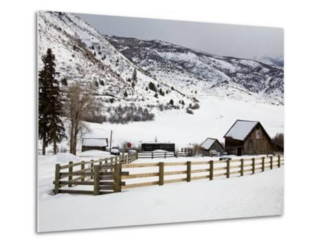 Barn Near Snowmass Village, Aspen Region, Rocky Mountains, Colorado, USA-Richard Cummins-Metal Print