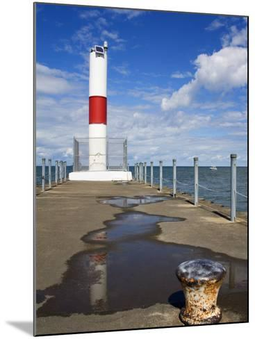 Pier Lighthouse, Rochester, New York State, United States of America, North America-Richard Cummins-Mounted Photographic Print