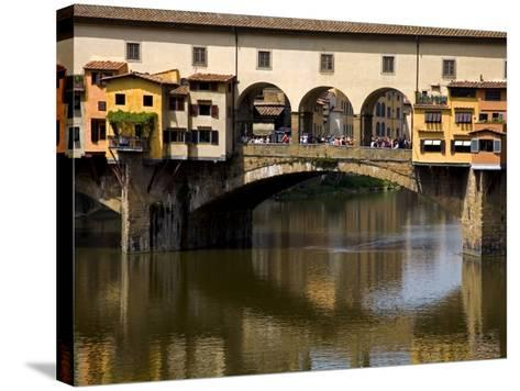 Arno River and Ponte Vecchio, Florence, UNESCO World Heritage Site, Tuscany, Italy, Europe-Richard Cummins-Stretched Canvas Print