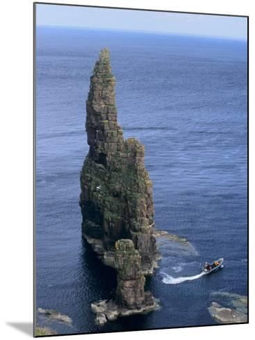 Duncansby Head, Caithness, Highland Region, Scotland, United Kingdom, Europe-Patrick Dieudonne-Mounted Photographic Print