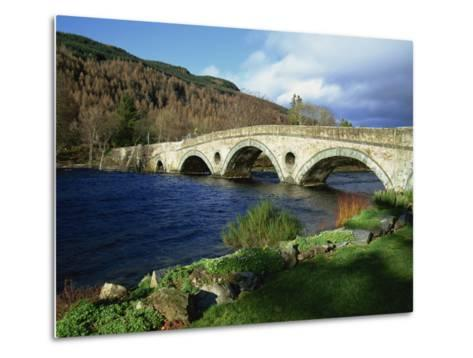 Bridges, Kenmore, Loch Tay, Scotland, United Kingdom, Europe-Ethel Davies-Metal Print