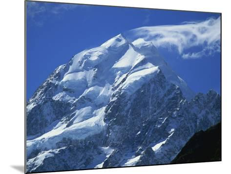 Mount Cook, Mount Cook National Park, Canterbury, South Island, New Zealand-Robert Francis-Mounted Photographic Print