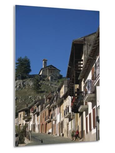 Tagliacozzo, Abruzzo, Italy, Europe-Ken Gillham-Metal Print