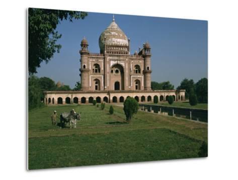Moghul Tomb Dating from the 18th Century, Delhi, India-Christina Gascoigne-Metal Print