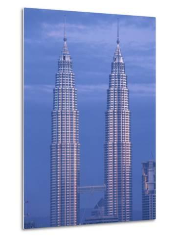 Twin Towers of the Petronas Building, Kuala Lumpur, Malaysia, Southeast Asia-Gavin Hellier-Metal Print