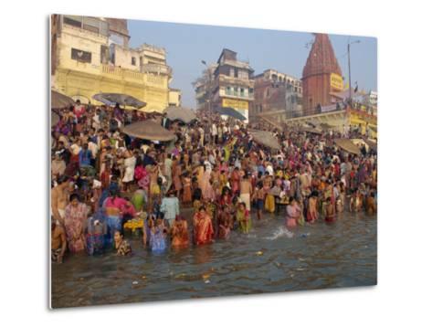 Ganges River, Makar San Kranti, Varanasi, Uttar Pradesh State, India-Gavin Hellier-Metal Print