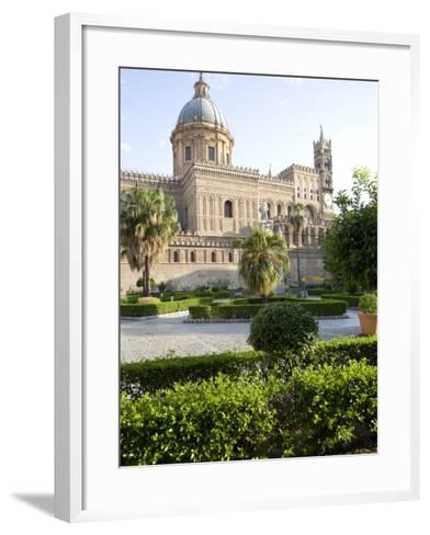 Cathedral Gardens, Palermo, Sicily, Italy, Europe-Olivieri Oliviero-Framed Art Print