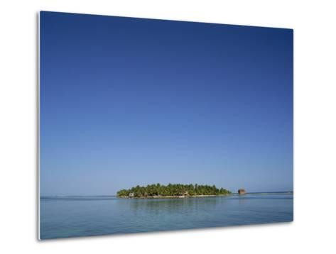 Tobacco Cay, Belize, Central America-Strachan James-Metal Print