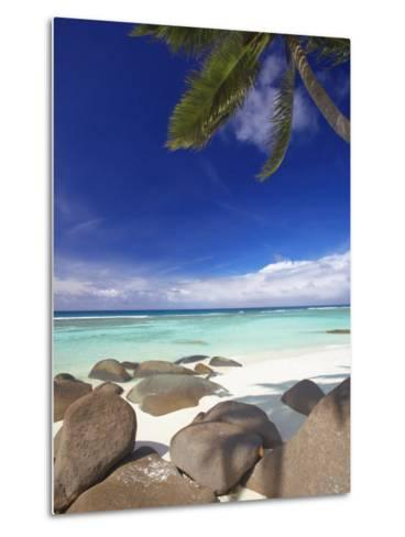 Rocks and Palm Tree on Tropical Beach, Seychelles, Indian Ocean, Africa-Papadopoulos Sakis-Metal Print