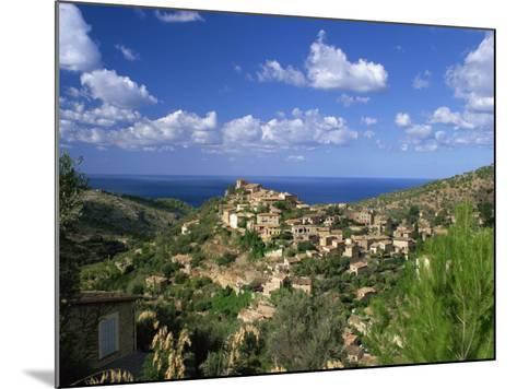 Village of Deya, Mallorca, Balearic Islands, Spain, Mediterranean, Europe--Mounted Photographic Print