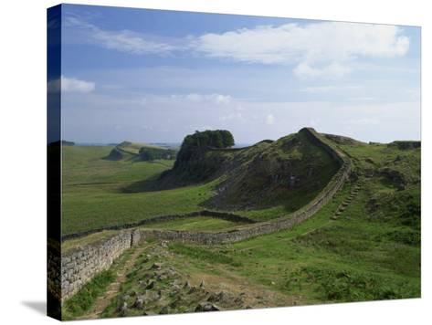 Hadrian's Wall, UNESCO World Heritage Site, Northumberland, England, United Kingdom, Europe--Stretched Canvas Print