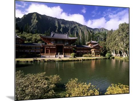 Byodo-in Temple, Oahu, Hawaii, USA-Michael DeFreitas-Mounted Photographic Print