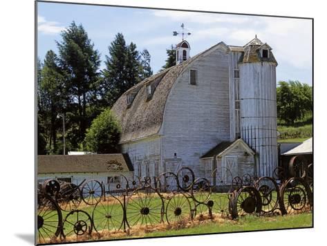 Barn, Pullman, Washington, USA-Charles Gurche-Mounted Photographic Print