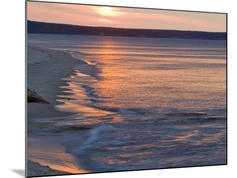 Miners Beach at Pictured Rocks National Lakeshore, Munising, Michigan, USA-Chuck Haney-Mounted Photographic Print