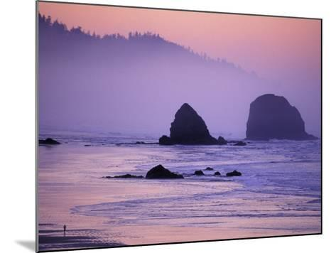 Runner on The Beach, Cannon Beach, Oregon, USA-Gavriel Jecan-Mounted Photographic Print