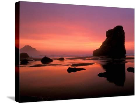 Oregon Coast at Sunset, USA-Marilyn Parver-Stretched Canvas Print