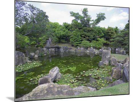 Japanese Garden of Nijo Castle, Kyoto, Japan-Shin Terada-Mounted Photographic Print