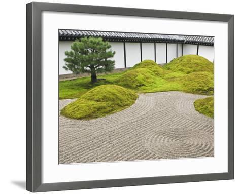 Landscape Garden, Tofukuji Temple, Kyoto, Japan-Rob Tilley-Framed Art Print