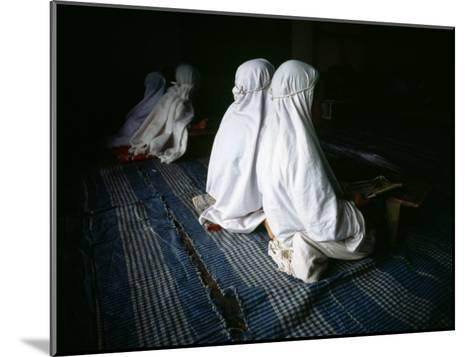 Young Muslim Girls Covered Head to Toe in Traditional Muslim Clothing-xPacifica-Mounted Photographic Print