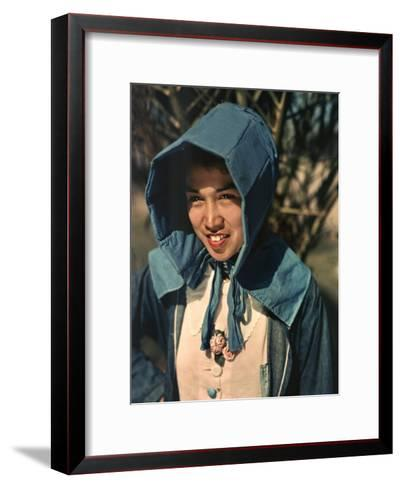 Mexican Field Worker Wears Large Sun Bonnet as a Sunshield-B^ Anthony Stewart-Framed Art Print