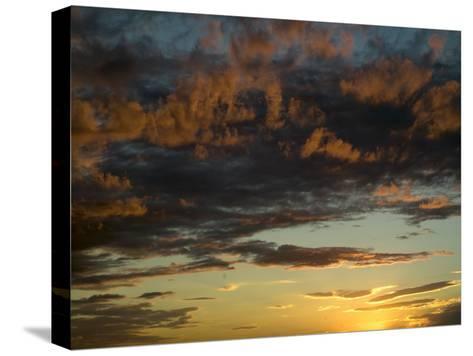 Sunset Prairie Skies over the Big Muddy Badlands-Pete Ryan-Stretched Canvas Print