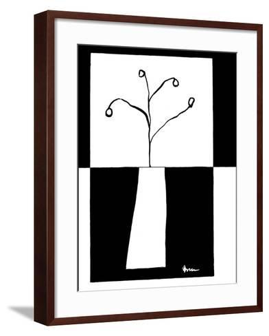 Small Minimalist Flower I Art Print by Jennifer Goldberger | Art.com