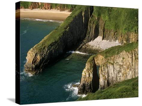 Pembrokeshire, Skrinkle Haven on the South Coast of Pembrokeshire, Wales-Paul Harris-Stretched Canvas Print